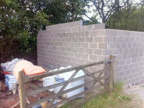 Blockwork super structure for garage